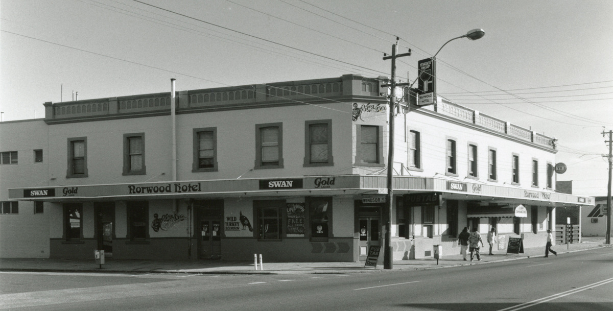 The Norwood Hotel, 1995
